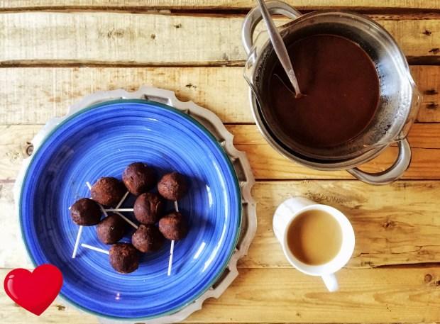 Frias-Superfoods-Brownie-Cake-Pops